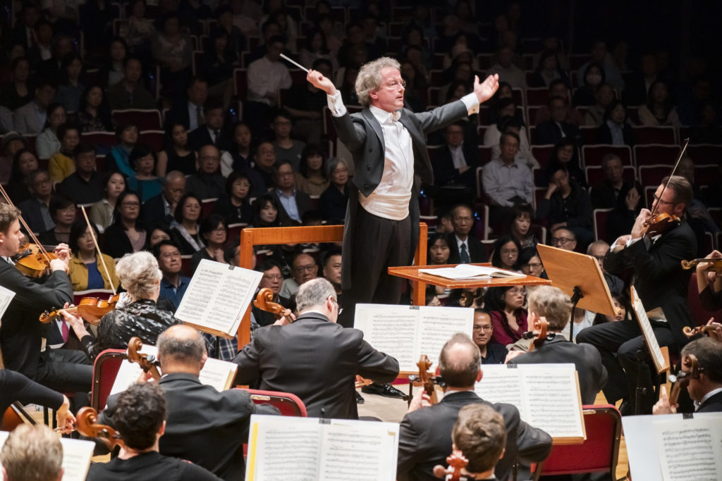 Franz Welser-Möst in Taipei with The Cleveland Orchestra